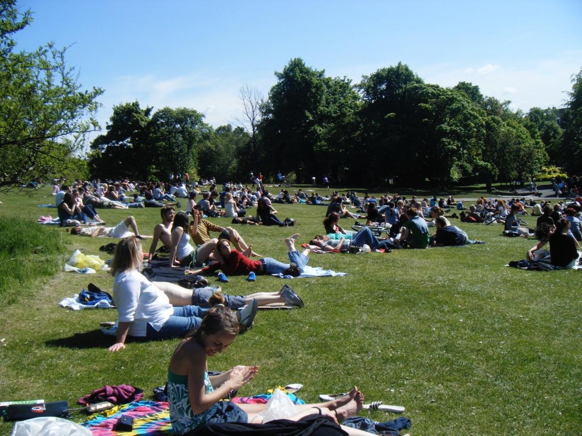 Kelvingrove Park, summer